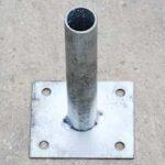 platine-a-1-tube-120-120-pour-poteaux